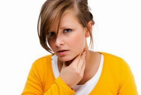 Tips Untuk Mengatasi Tenggorokan Gatal yang mengandung aluminium klorida
